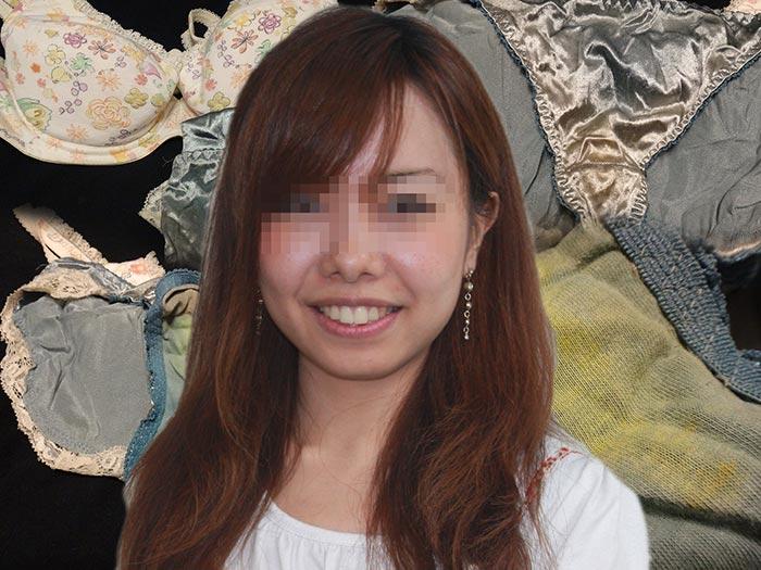 英会話スクールの先生のシミパン画像
