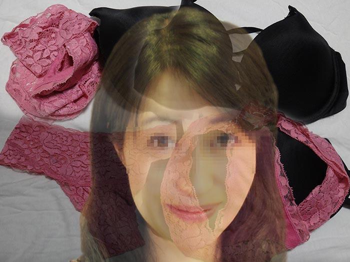 熟女の汚れパンティ画像